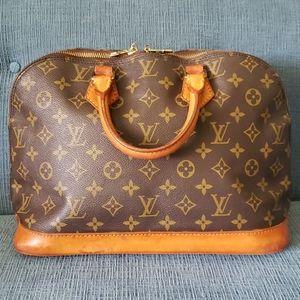 Authentic Gorgeous Vintage Louis Vuitton Alma PM